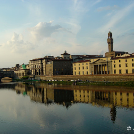 Arno river view in, Sony DSC-P10
