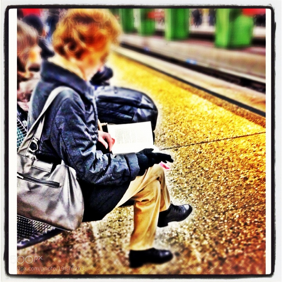 Photograph iPhone: Public Reading by Pia Kleine Wieskamp on 500px