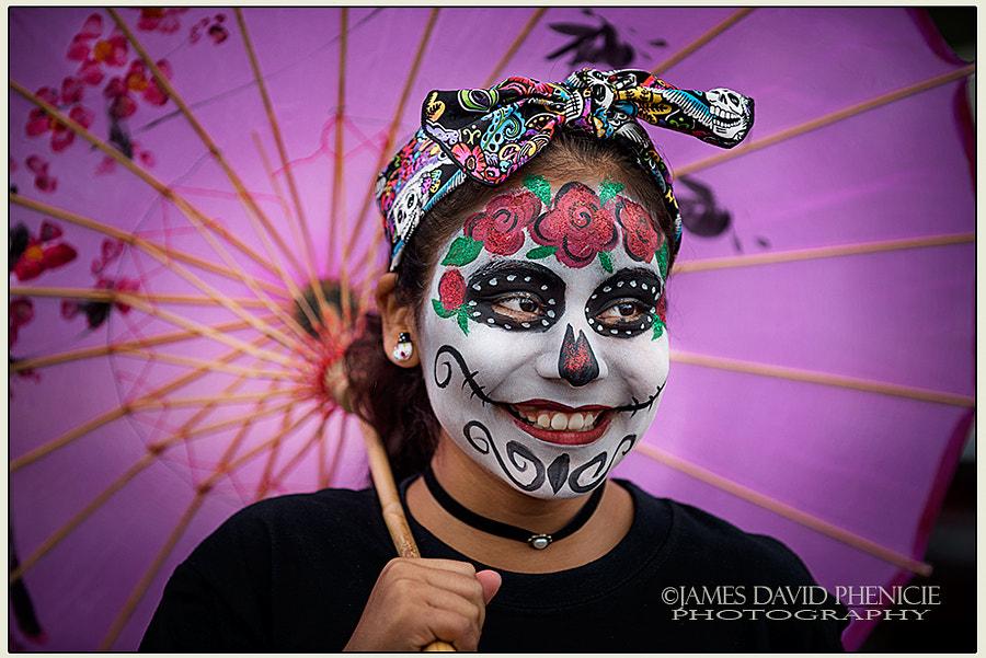 Día de Muertos:  Pink Umbrella