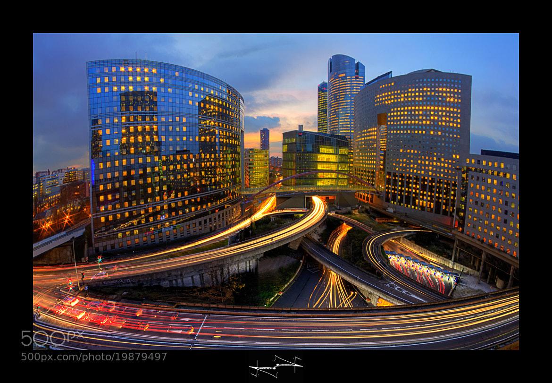 Photograph Cette image est belle mais en réalité pollution capitalisme dépenses d'électricité inutile ce sont l by Damail D.F.N. on 500px