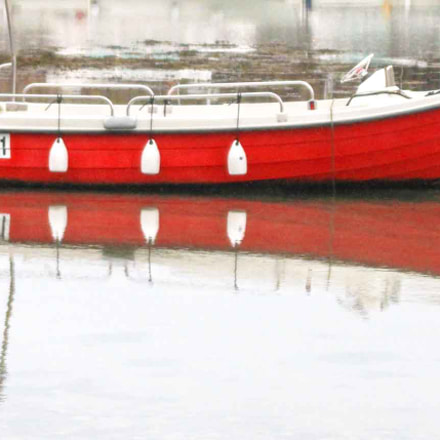 Red fishing boat, Canon EOS 7D, Tamron AF 28-300mm f/3.5-6.3 XR LD Aspherical [IF] Macro