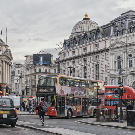 Picadilly Circus, Sony ILCE-6000, Sigma 30mm F2.8 [EX] DN