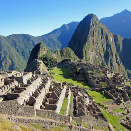 Majestic Machu Picchu, Canon POWERSHOT SD1300 IS