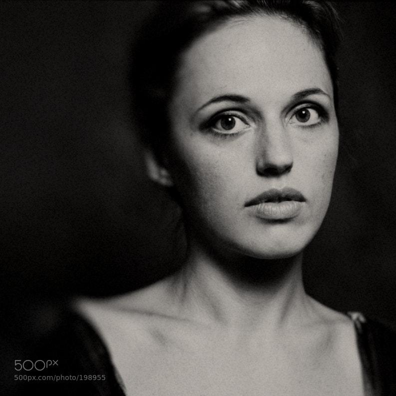 Photograph roxana by olya sharlat on 500px