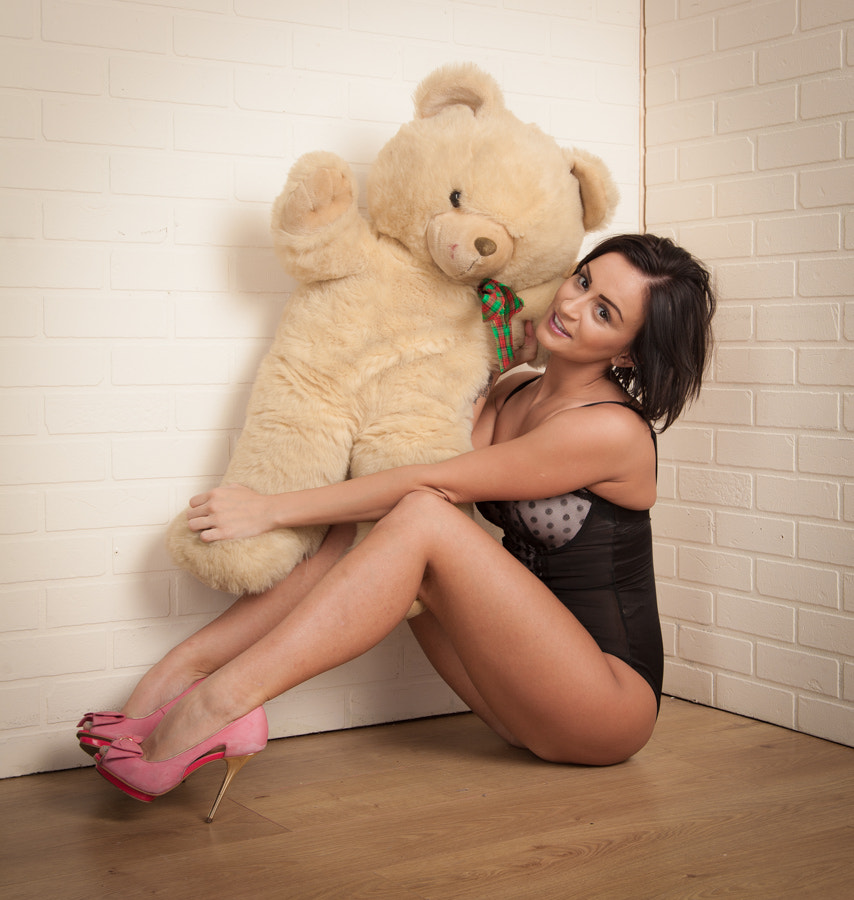 Photograph Keira and the Teddy by Bramley . on 500px