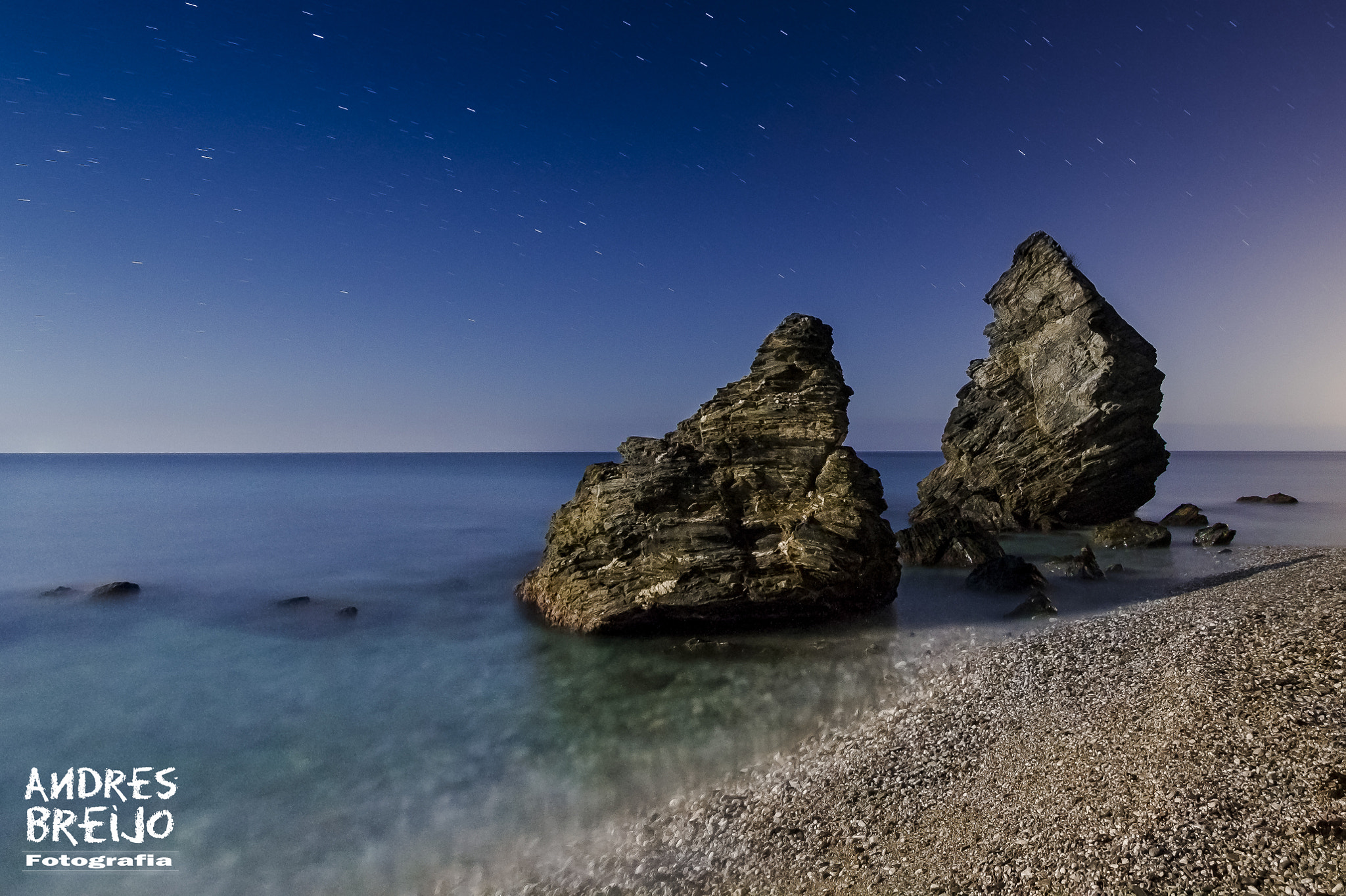 Photograph Transparencias nocturnas - Playa Molino de Papel. by Andres Breijo on 500px