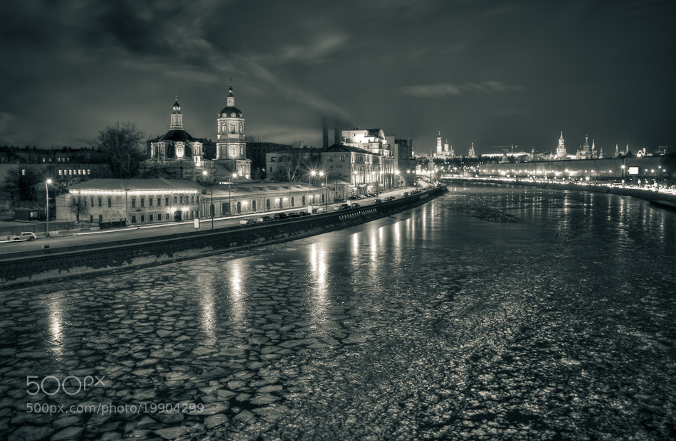 Photograph **it's a daaamn cooold niiight!..** in Moscow by Max Vysota on 500px