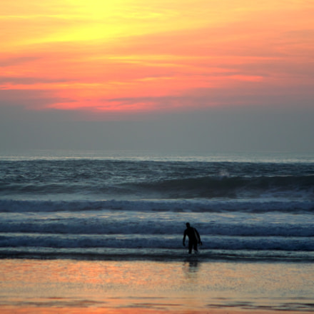 Surfing session finished, Canon EOS 50D, Canon EF 35-80mm f/4-5.6