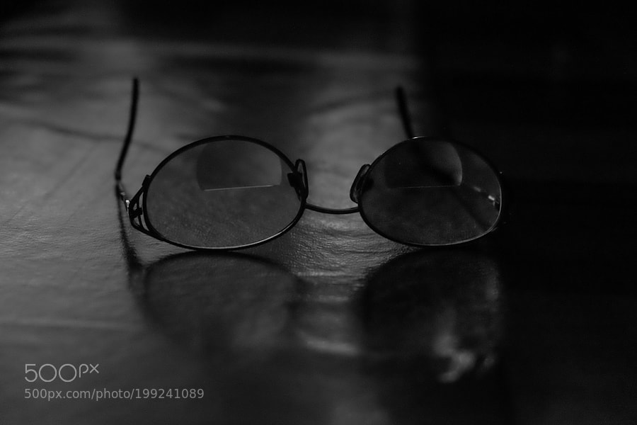 Glasses on the table.