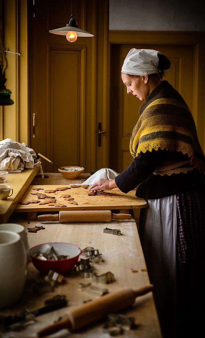 Photograph Baking Christmas cookies... by Mike Devlin on 500px