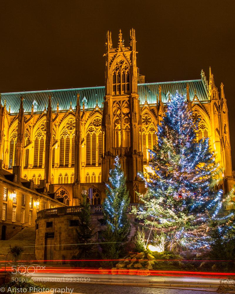 Photograph Cathédrale de Metz à la période de Noël by Aristophane Montmorency on 500px