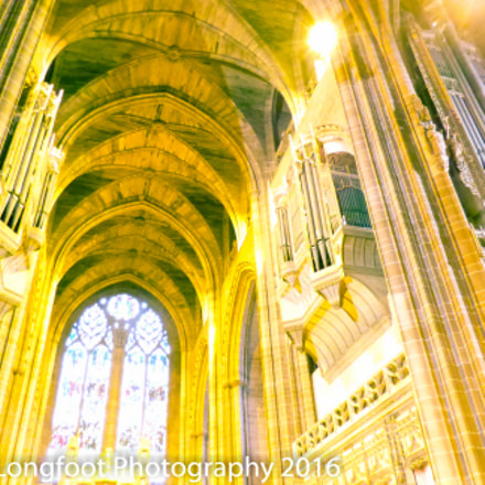Inside Liverpool Cathedral, Panasonic DMC-FZ72
