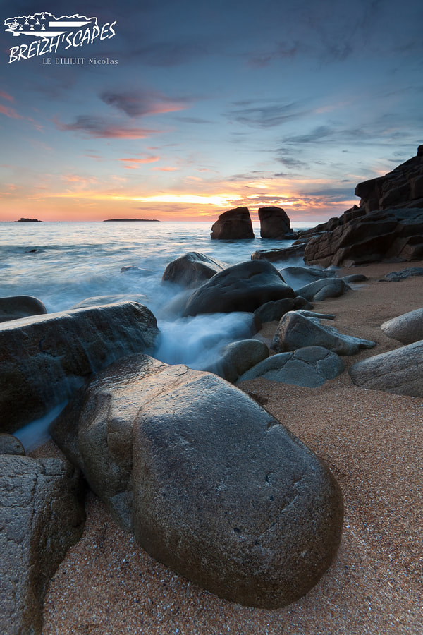Photograph The broken stone by Breizh'scapes Photographes on 500px