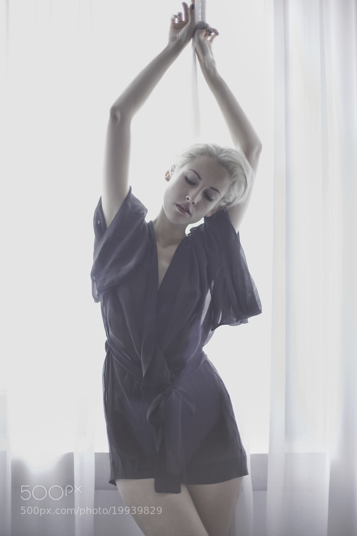 Photograph sensual woman by Erik Bont on 500px