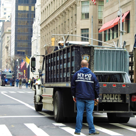 NYPD is getting ready, Nikon COOLPIX P900
