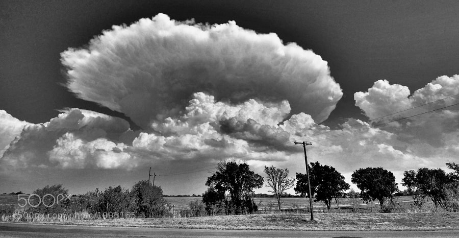 A spring thunderstorm in Oklahoma along Route 66.