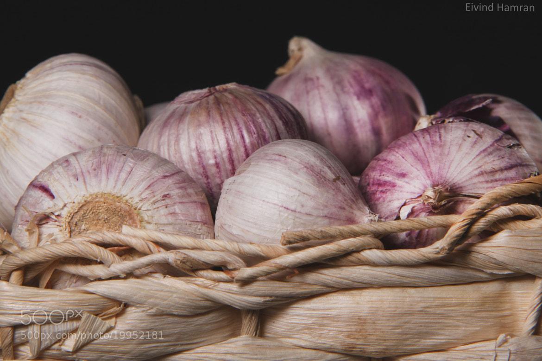 Photograph here, take som garlic by Eivind Hamran on 500px