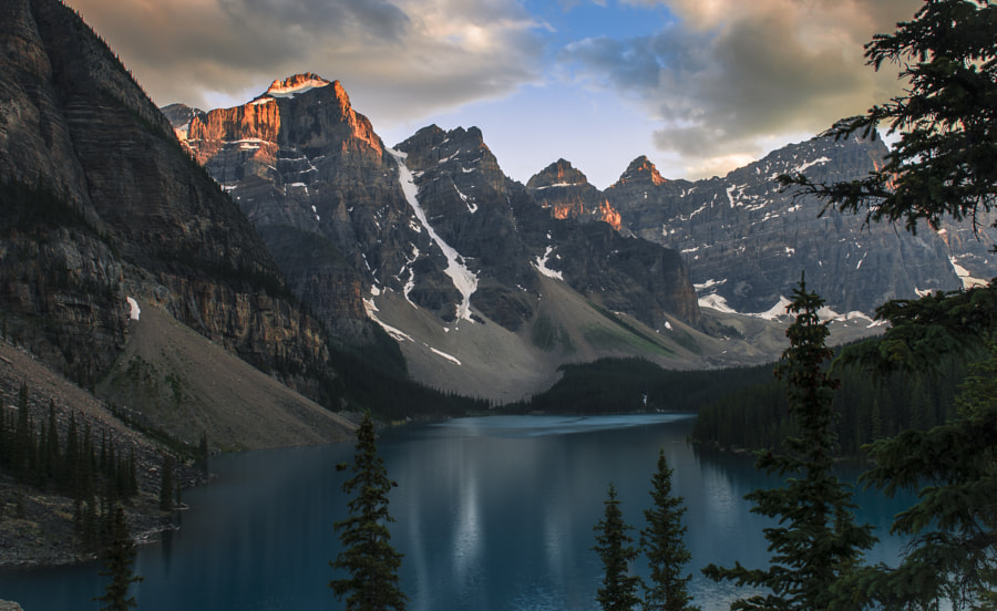 Moraine Lake by David Dai on 500px.com