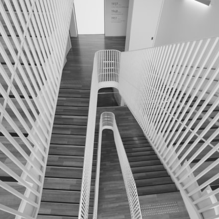 stairs, Canon EOS-1D MARK III, Sigma 12-24mm f/4.5-5.6 EX DG ASPHERICAL HSM