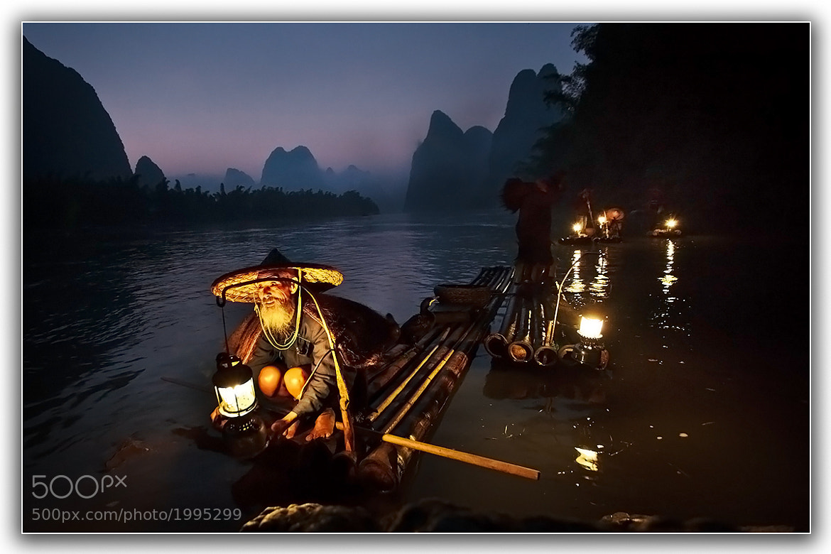 Photograph Opening morning person by Shin YongSang on 500px
