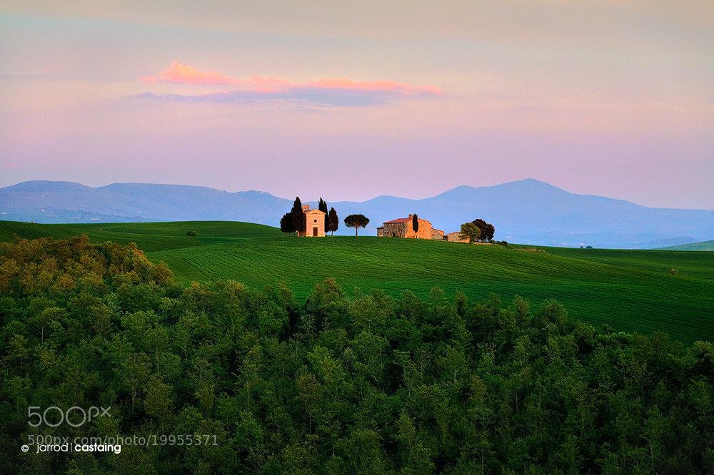 Photograph Capella di Vitaleta by Jarrod Castaing on 500px