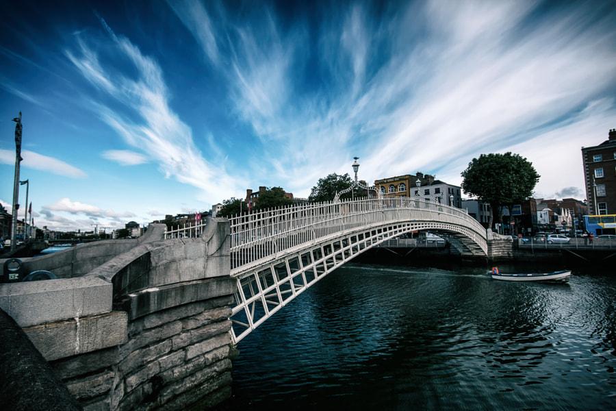 Halfpenny bridge in Dublin