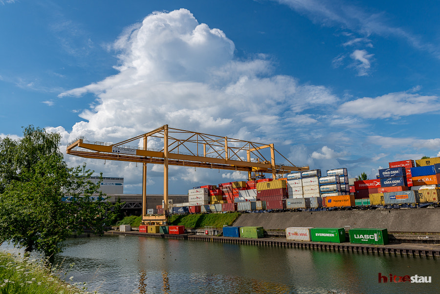 Sunny Day at the Container Terminal by hitzestau on 500px.com
