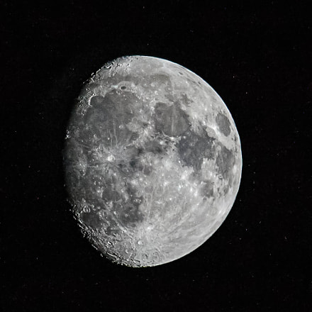 My favorite moon, Canon EOS REBEL T3, Canon EF 100-400mm f/4.5-5.6L IS