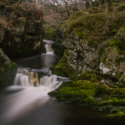 Waterfalls, Canon EOS 7D, Canon EF-S 17-55mm f/2.8 IS USM