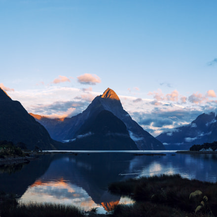 Milford Sound at sunset, Canon EOS 70D, Canon EF-S 24mm f/2.8 STM