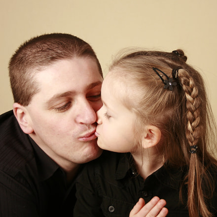 Father & Daughter, Canon EOS 400D DIGITAL, Canon EF-S 18-55mm f/3.5-5.6 [II]