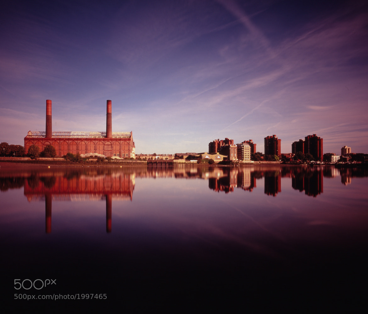 Photograph Lot's Road Power Station, 2 minutes by Chris Tubb on 500px