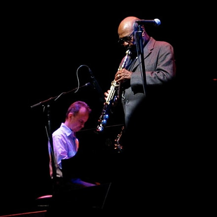 James Moody and pianist, Canon POWERSHOT G3