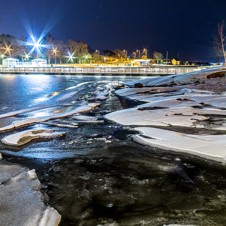 Ice in the night, Canon EOS 70D, Canon EF 20mm f/2.8 USM