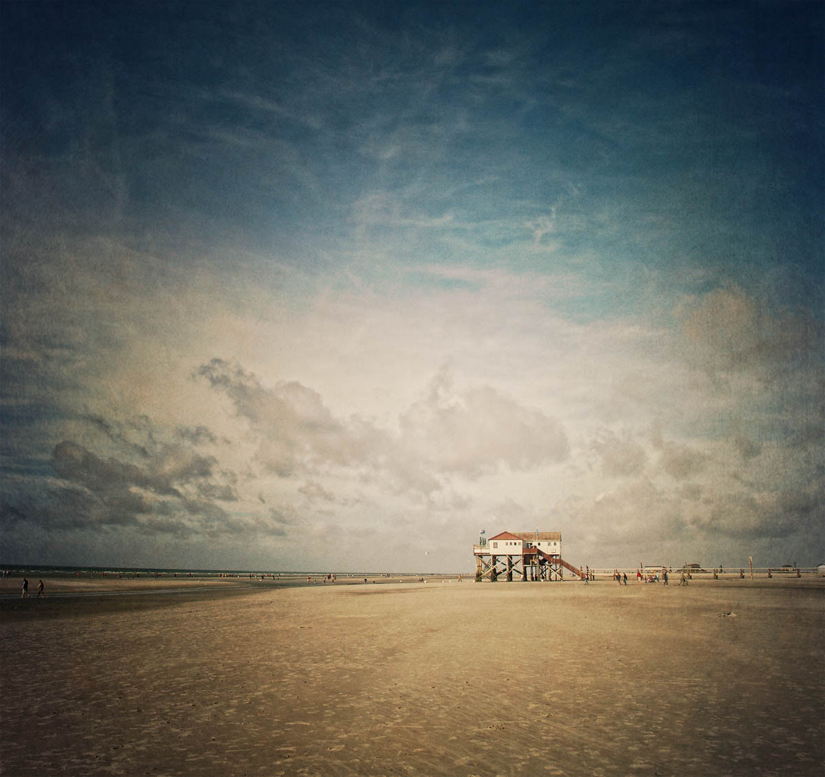 Photograph A day at the beach by Andrea Kamal on 500px
