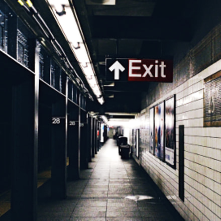 There's 472 subway stations, Canon EOS REBEL T5, Canon EF-S18-55mm f/3.5-5.6 IS II