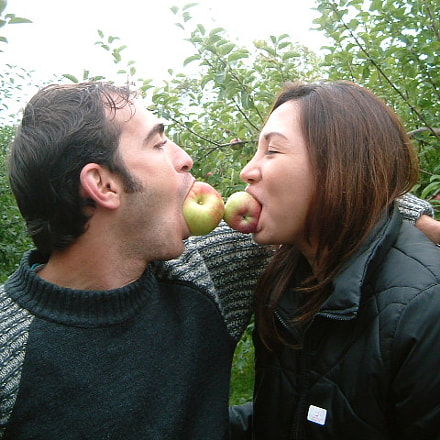 Apple kiss, Fujifilm FinePix F401