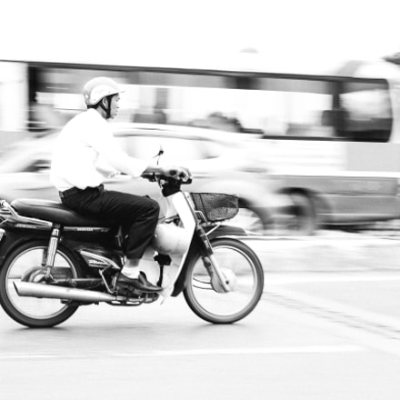Vietnamese street life, Canon EOS KISS X7I, Canon EF 50mm f/1.8 STM