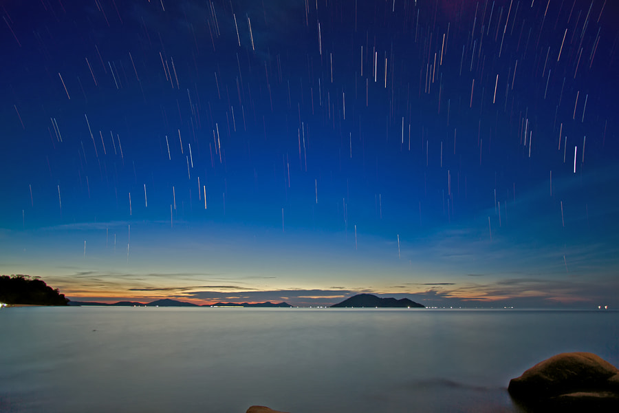 Photograph simple star trail by Erwin Julian Lie on 500px