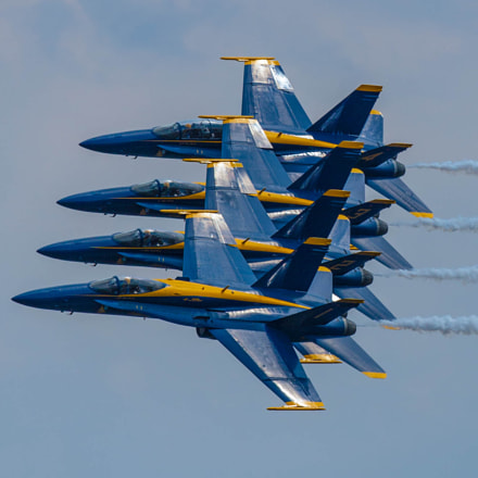 High and tight Delta, Canon EOS-1D MARK III, Canon EF 300mm f/2.8L IS II USM