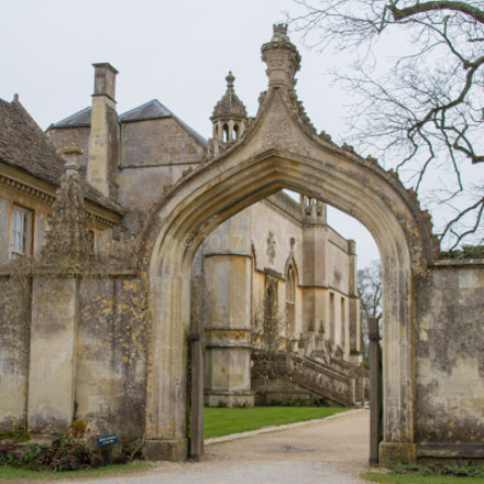 Lacock Abbey, Wiltshire, England, Canon EOS 7D, Canon EF 28-300mm f/3.5-5.6L IS