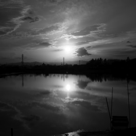 Sunset lake monochrome ver, Canon EOS KISS X7, Canon EF-S 24mm f/2.8 STM