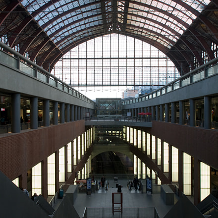 Central station, Canon EOS 5D, Canon EF 17-35mm f/2.8L