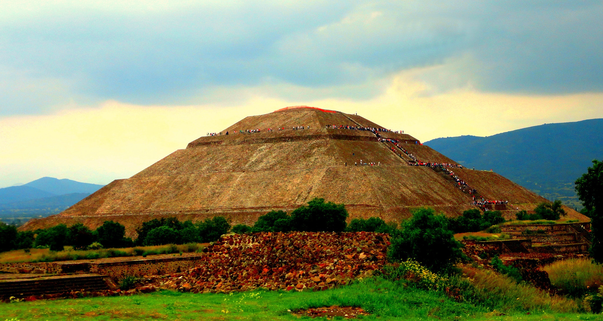Photograph Teotihuacan by Jesús Quintáns Castillo on 500px