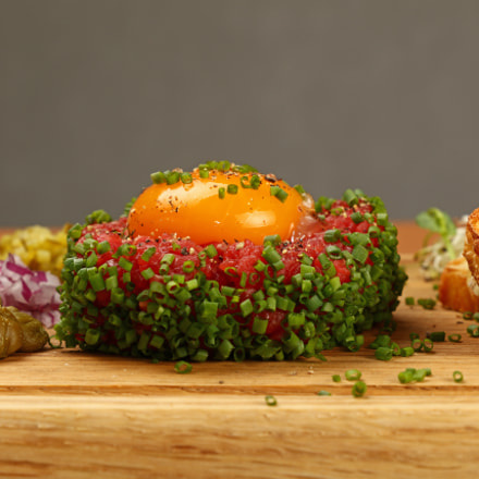 Tartare steak of raw, Canon EOS 5DS, Canon EF 24-105mm f/3.5-5.6 IS STM