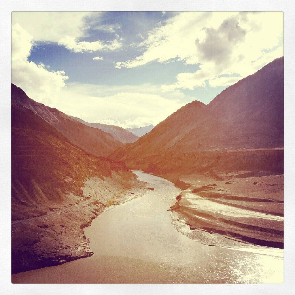 Photograph Leh Ladhak -  two rivers meet by Ddark  Room on 500px