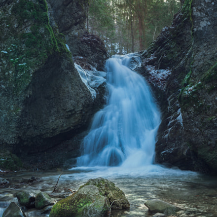 Full of icy water, Canon EOS 50D, Canon EF 38-76mm f/4.5-5.6