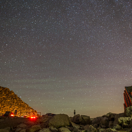 Meteor Shower at Mt, Canon EOS 6D, 20mm F1.4 DG HSM | Art 015