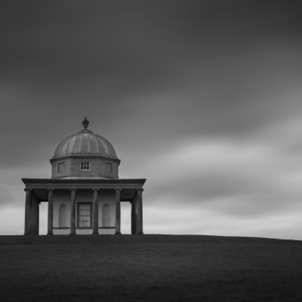 Standing alone in mono, Canon EOS 700D, Canon EF 16-35mm f/4L IS USM