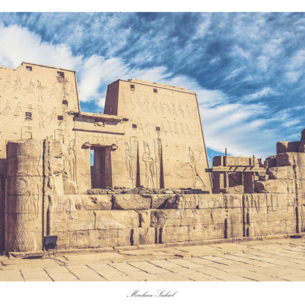 The Temple of Horus, Canon EOS KISS X6I, Canon EF-S 18-55mm f/3.5-5.6 IS II